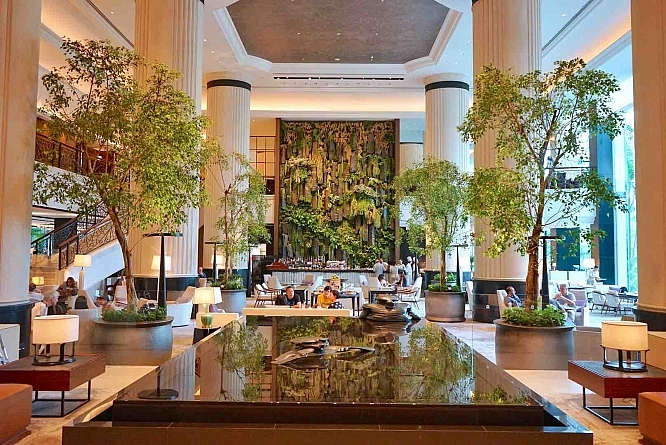 Fall In Love With Newly Rejuvenated Shangri-La Hotel Singapore Again